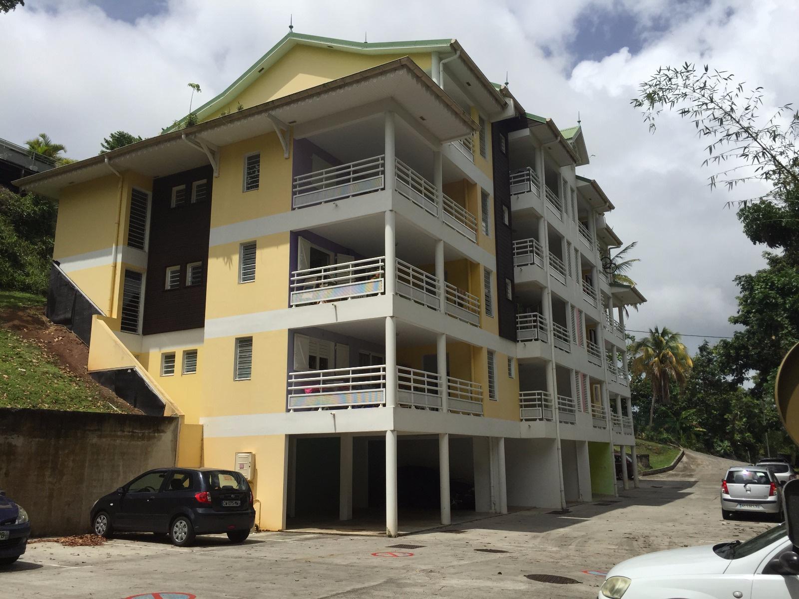 Dernier appartement en haut à gauche